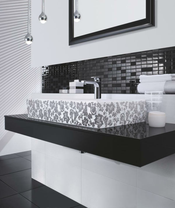 Bold Beautiful Black And White Bathroom Design Ideas