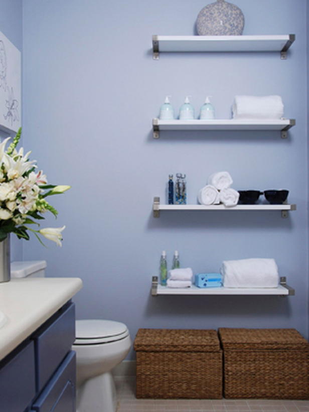 floating-shelves-in-bathroom