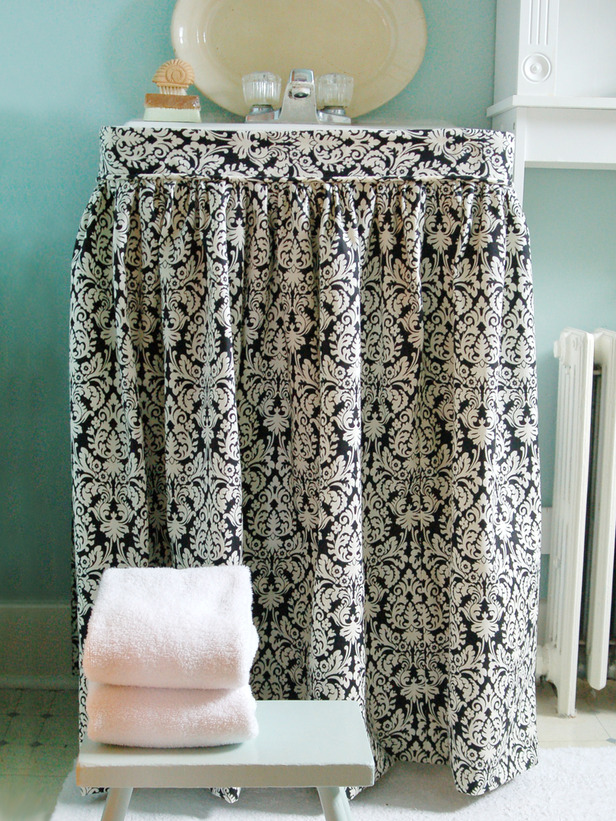 original-Marian-Parsons_bathroom-sink-skirt-beauty