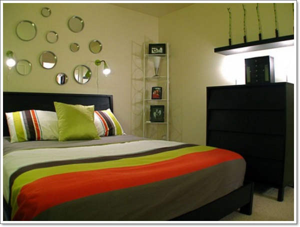30 interior decorating tricks for small bedroom d cor for Interior decorating help