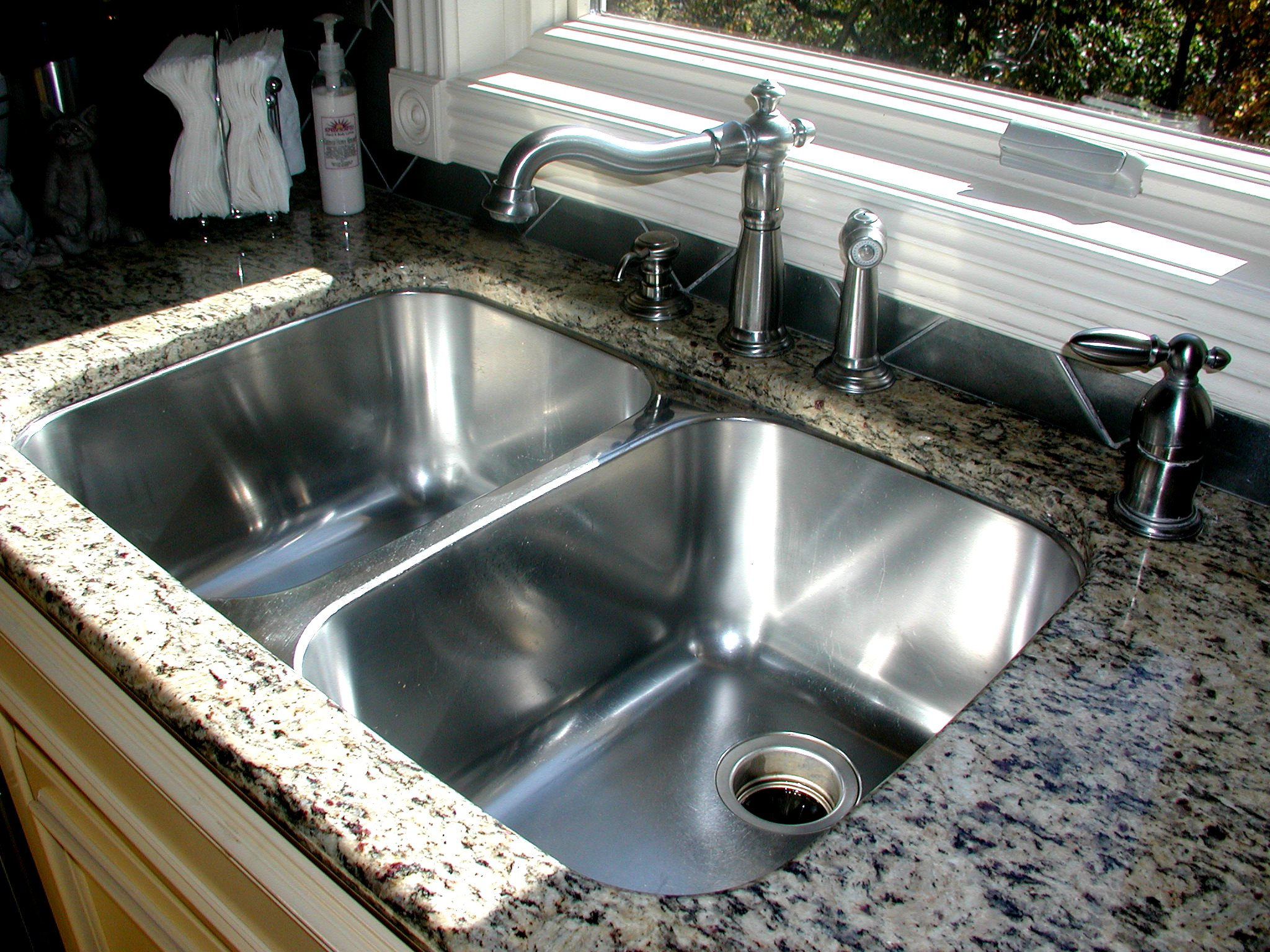 Sink Designs For Kitchen : 25 Creative Corner Kitchen Sink Design Ideas