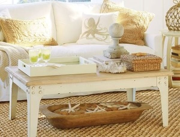 19 cool coffee table decor ideas Coffee table accessories