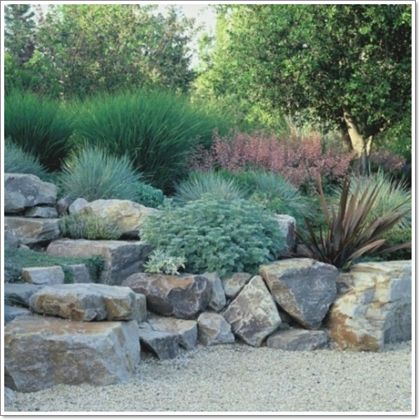 30 beautiful rock garden design ideas for Rock landscaping ideas