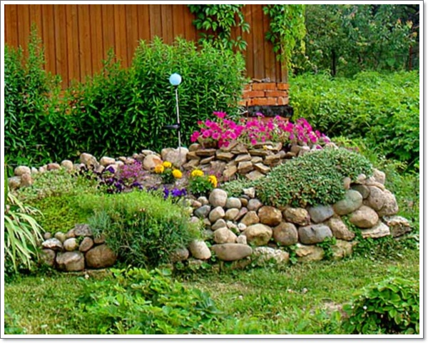 30 beautiful rock garden design ideas for Garden designs with rocks