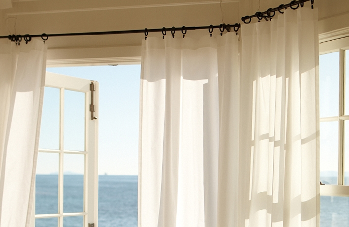 how to get eyelet curtains to hang properly