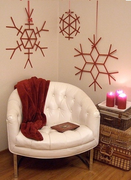 DIY-Popsicle-Stick-Snowflakes